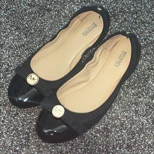 Michael Kors Black Flats size 8
